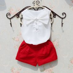 2018 Spring Kids Tops Children Chiffon Sleeveless Blouse Cute Big Bow Pattern Shirts for Baby Teenage Girls Pure Color Clothes Baby Girl Dresses Diy, Baby Girl Romper, Baby Dress Patterns, Baby Clothes Patterns, Handmade Baby Clothes, Cute Baby Clothes, Baby Girl Fashion, Kids Fashion, Baby Dress Design