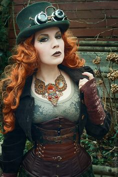 Steampunk Style Tip - How to Build an Outift Around a Necklace  - For costume tutorials, clothing guide, fashion inspiration photo gallery, calendar of Steampunk events, & more, visit SteampunkFashionGuide.com