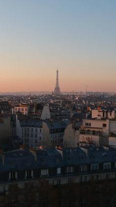 Paris At Night, City Vibe, French Architecture, Parisian Apartment, Moving To Paris, City Wallpaper, Paris City, World Cities, Dream City