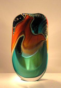 Peter Layton Art Of Glass, Blown Glass Art, Glass Vase, Glass Artwork, Glass Ceramic, Puzzle Pieces, Glass Design, Colored Glass, Decorative Items