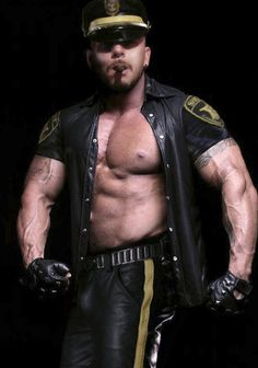 Bear leather gay pictures