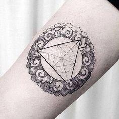 #armtattoo by @dogma_noir /// #⃣#Equilattera #Tattoo #Tattoos #Tat #Tatuaje…