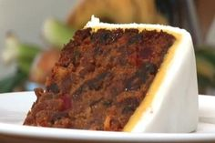 A classic Jamaican wedding cake