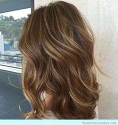 Brown wavy balayage hairstyle for Autumn/winter 2016