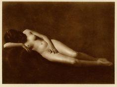 Hess - Prague Jüdin Akt, 1920s