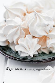 Bezy | Moje Wypieki Cupcakes, Cupcake Cakes, Muffins Frosting, Baking Recipes, Cookie Recipes, Macarons, Meringue Cookie Recipe, Salisbury Steak Recipes, Pavlova Recipe