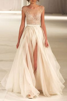 minus the legs showing everywhere, this is an amazing gown.