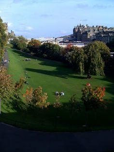 A visit to Princess Street Gardens www.2edinburgh.com Stuff To Do, Things To Do, Short Break, Time Of The Year, Plan Your Trip, St Patricks Day, Edinburgh, Parks, Scotland