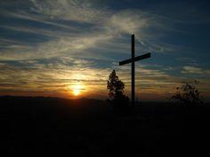 Resultado de imagem para cruz de Cristo wallpaper