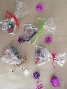 Na życzenie, zamówione produkty pakujemy w ozdobne opakowania :)