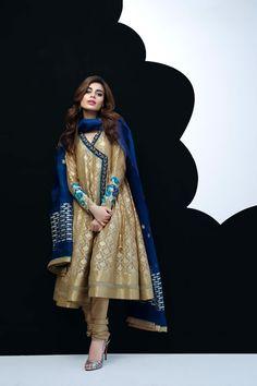 Stitching Styles Of Pakistani Dresses Golden Angrakha Style Pakistani Formal Dresses, Pakistani Fashion Party Wear, Pakistani Wedding Outfits, Pakistani Dress Design, Indian Dresses, Indian Outfits, Indian Fashion, Pakistani Clothing, Frock Fashion