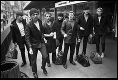 Dexys Midnight Runners - Geno Number One 3 May 1980 2 weeks No 1 Led by the unpredictable Kevin Rowland, who wrote the song in celebration of US soul singer Gino Washington. Kevin Rowland, Come On Eileen, Teddy Boys, Skinhead, Pop Rocks, Music Publishing, Pop Fashion, Birmingham, Music Artists