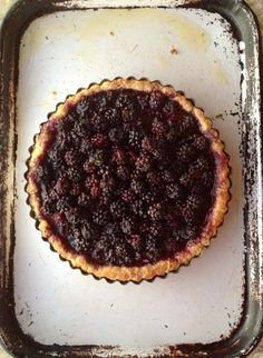 Summer Recipe: Foraged Berry Tart Recipes from The Kitchn // this was my first mobile from the web to pinterest pin btw. Very exciting.