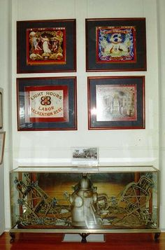 Lorna Morrison Room display: Tinsmiths suit of armour from early 1900s; horse regalia from Eight Hour Parades; images of banners