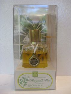 Honeysuckle Vines AROMATIQUE 5 oz Reed DIffuser RARE #AROMATIQUE