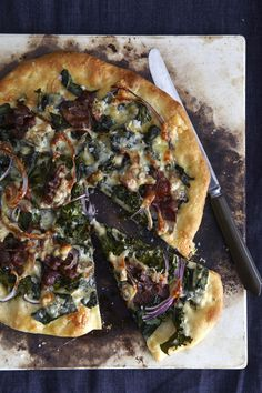 Pizza with kale, caramelized red onion, bacon, and gorgonzola.  7/20/14--delicious!  Used mozzarella and my regular pizza dough recipe.  Could also add tomato slices...