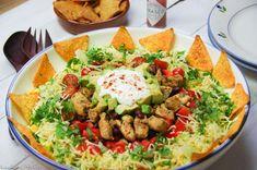 Mexican Salads, Tortilla Chips, Avocado, Guacamole, Cobb Salad, Salad Recipes, Homemade, Ethnic Recipes, Food