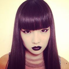 SUPERWOWOMG Pretty Asian Girl, Pretty Woman, Japanese Models, Japanese Fashion, Short Bangs, How To Make Hair, Hairstyles With Bangs, Style Icons, Fashion Models