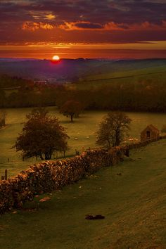 Sunset in the Peak District National Park, Derbyshire, England.