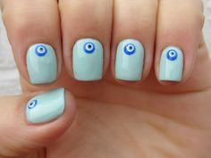 Dahlia Nails: Evil Eye