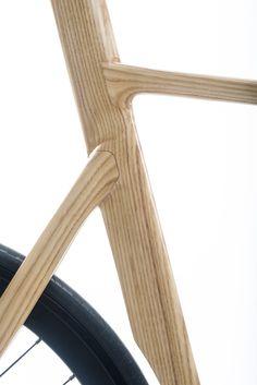 Cio bikes | Cio Loop | Timber / carbon fixed gear / track bike | White ash