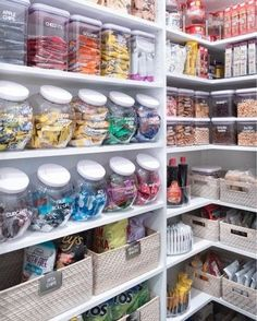 Cool Glamour Kitchen Organization Decor Ideas To Try Right Now. Cool Glamour Kitchen Organization Decor Ideas To Try Right Now. Kitchen Organization Pantry, Home Organisation, Organized Pantry, Organization Ideas, Pantry Ideas, Organizing Tips, Organize Food Pantry, Pantry Shelving, Household Organization
