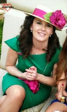 Malonsilla Artesanía - Canotier Santaella - Córdoba - Invitada boda - Buganvilla y verde - Boater