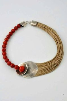 Character Jewels in art - TOTALLY LOVING THIS AMAZING LOOKING BRACELET, WHICH IS VERY UNUSUAL & QUITE STUNNING!!