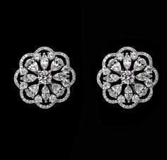 Treat yourself to a touch of #timeless #glamour with this #breathtaking #DiosabyDarshanDave #earstuds. They present fancy cut #SwarovskiZirconia in #SterlingSilver setting creating a gorgeous sparkle - perfect for daily wear! Available on www.diosajewels.com #makeeverydaybrilliant #jewellery #finejewellery #traveljewellery #weddings #fashionwear #preciousjewellery #luxejewellery #dailywear #workwear #casualwear #destinationweddings #bridalwear