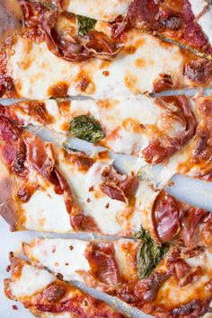 Crispy Prosciutto Pizza recipe for a mouthwatering pizza everyone loves!