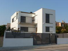 #Edificios #Moderno #Recibidor #Balcon #Exterior #Ventanas #Fachada #Puertas