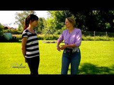 """Hundetraining, Kommando: """"bei Fuß"""", nach animal learn mit Clarissa von Reinhardt - YouTube"""