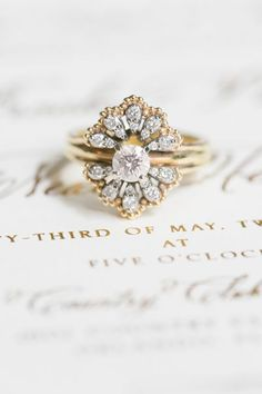 LOVE this vintage engagement ring! Photography by Amalie Orrange Photography