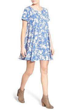 Free shipping and returns on Lush Print Short Sleeve Swing Dress at Nordstrom.com. Put a little pep in your step with a sweet short-sleeve swing dress cut from lightweight woven fabric patterned in a head-turning print.