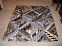Now that's cool, and I could alternate such squares with menswear suit fabrics for a really great quilt! Diy Necktie Projects, Mens Ties Crafts, Tie Crafts, Sewing Crafts, Necktie Quilt, Shirt Quilt, Old Ties, String Quilts, Quilting Projects