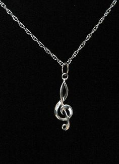 Treble clef necklace, love it! Music Jewelry, Cute Jewelry, Jewelry Accessories, Fashion Accessories, Jewelry Necklaces, Fashion Jewelry, Jewlery, Music Note Necklace, Key Necklace