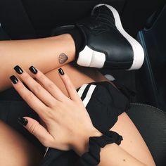 sea shell tattoo Mais