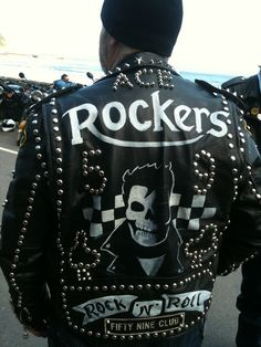 Pics from our Rockers weekend at the northern rockers rumble , held at squires cafe . Yorkshire England, West Yorkshire, Biker Leather, Leather Jackets, Triumph Motor, Painted Leather Jacket, Vintage Dance, Old Motorcycles, Café Racers
