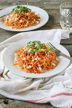 Sun Dried Tomato and Roasted Red Pepper Pasta with Feta. A healthy vegetarian dinner on the table in just 30 minutes!
