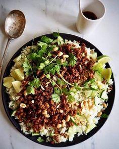 Tomatsuppe slik det skal være - Mat På Bordet Frisk, Cobb Salad, Grains, Cilantro, Seeds, Korn