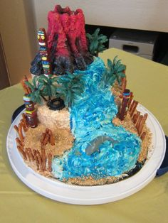 I made this cake myself. It was for my son's Survivor Birthday Party but would be great for a Luau Party too! Survivor Theme, Survivor Tv, Survivor Party, Adult Birthday Party, 8th Birthday, Birthday Party Themes, Birthday Cakes, Family Fun Day, Fall Family