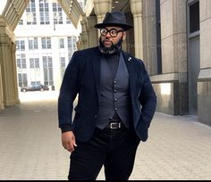 Mens Plus Size Fashion, Tall Men Fashion, Fashion 101, Mens Fashion, Big And Tall Style, Big And Tall Outfits, Big Man Suits, Mens Suits, Big Guys