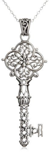 I have a think for skeleton keys, this would go nicely with my tiny collection of skeleton key necklaces