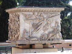 Base de coluna Antonino Pio