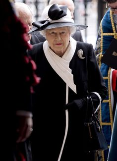 Queen Elizabeth II Photos: Gallipoli Centenary Commemorations - Westminister Abbey