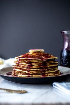 (vía Pancakes with Concord Grape Syrup | The Flourishing Foodie)