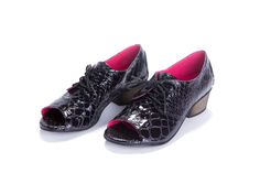 Black oxford Shoes  Lace up low heel oxford shoes  von ImeldaShoes