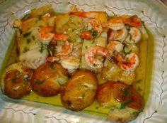 Peixes e Mariscos Cod Fish Recipes, Seafood Recipes, Cooking Recipes, Fish Dishes, Seafood Dishes, Healthy Menu, Healthy Recipes, Bacalhau Recipes, Food C