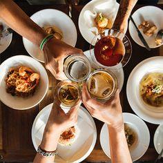 'Urkel' Actor Jaleel White Geeks Out On Vegan Burgers at Monty's Good Burger Paella, Guide Michelin, Hosting Thanksgiving, Good Burger, Good Dates, Kids Nutrition, Healthy Kids, Weight Gain, Bangkok