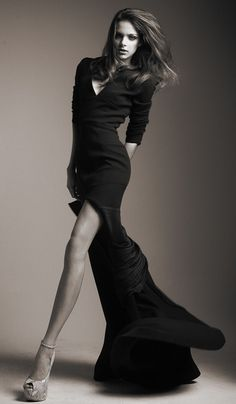 Wondrous longer than long legs, lovely dress, gorgeous face!  Greater than great combination, no?